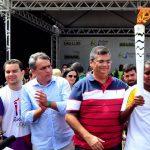 Osmar Filho participa da recepção da Tocha Olímpica em São Luís