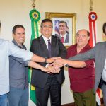 Em visita ao Governador representantes da Câmara Municipal discutem benefícios para a cidade