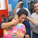 Osmar Filho firma compromisso para beneficiar Apae