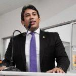 Em Imperatriz, Osmar Filho prestigia homenagens a lideranças políticas do estado